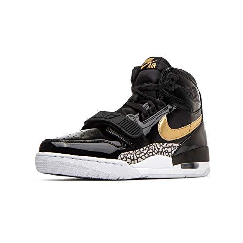 Nike Men's Basketball Shoe