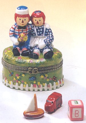 Direct Connection Co. Raggedy Ann and Andy Doll Hinged Trinket Box phb