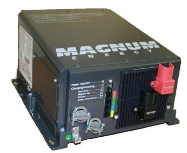 (Magnum Energy 2800 W- RD2824 Inverter/Charger)