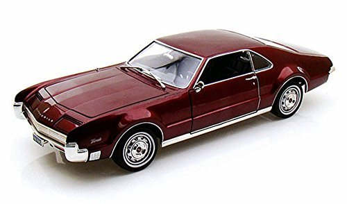 1966 Oldsmobile Toronado, Burgundy - Road Signature 92718 - 1/18 Scale Diecast Model Toy Car (Model 1960's)