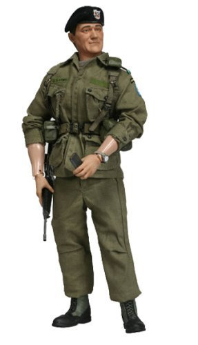 - JOHN WAYNE Green Beret Sideshow collectibles 12
