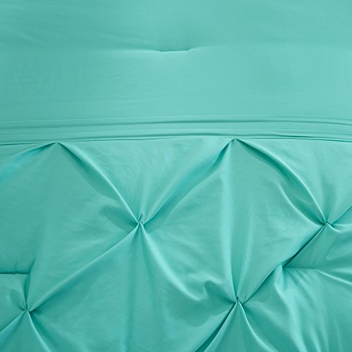 King Size Comforter Set 5 Piece – Cavoy Comforter Set – 5 Piece Tufted Pattern – Aqua – King size, includes 1 Comforter, 2 Shams, 1 Decorative Pillow, 1 Bed Skirt