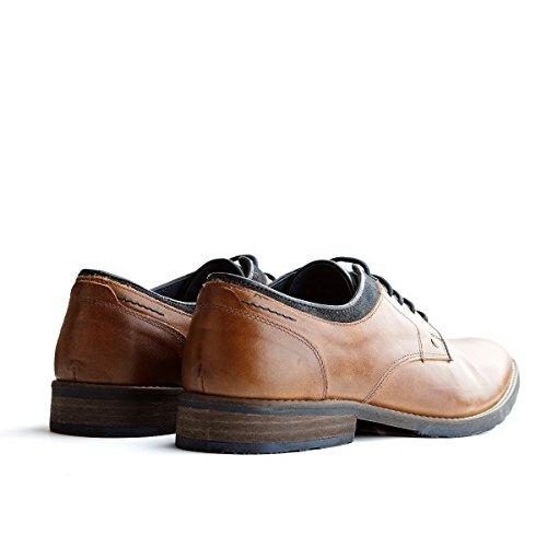 Travelin Newcastle Low Derby | Schnürhalbschuhe Herren | Freizeitschuhe Hochzeitschuhe | Business Schuhe Anzugschuhe | Lederschuhe in Cognac 46 EU