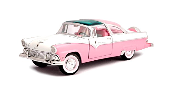 1955 FORD CROWN VICTORIA PINK 1//18 DIECAST MODEL CAR BY ROAD SIGNATURE 92138