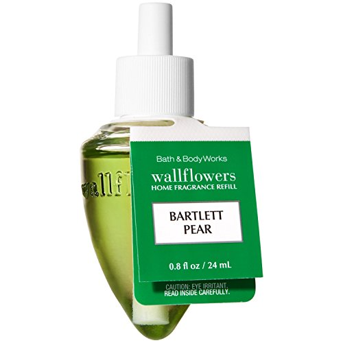 (White Barn Bath and Body Works Wallflowers Single Refill Home Classics (Bartlett Pear))