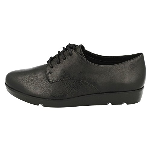 Clarks Womens Evie Bow Leather Shoes Schwarz