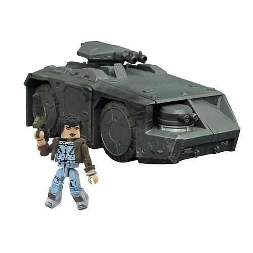 Aliens Minimates Deluxe Battle Damaged APC Armored Personnel Carrier with Ripley (Toys R Us Exclusive) ()
