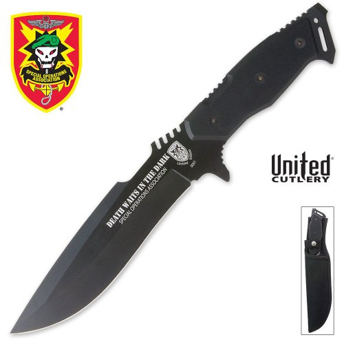 United Cutlery UC2696 Death Waits in the Dark Fighting Knife, Outdoor Stuffs