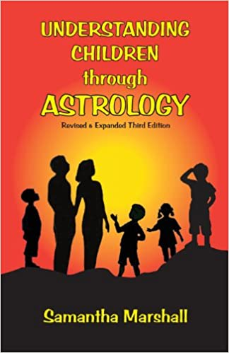 Gratis fullversjon bookworm nedlasting Understanding Children Through Astrology PDF FB2 iBook 1934976415