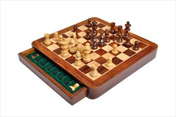 The House of Staunton Wooden Magnetic Travel Chess Set - 10