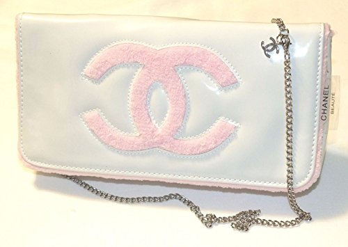 chanel-beaute-white-pink-clutch-purse