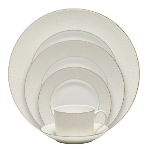 Royal Doulton Opalene 5-Piece Place Setting Review