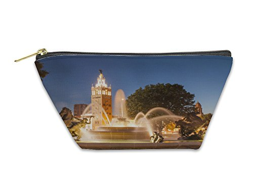 Gear New Accessory Zipper Pouch, Kansas City Missouri Fountain At Country Club Plaza, Large, - Country Plaza Club Shops