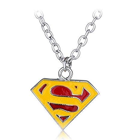 Amazon.com: Mct12-1 - Llavero con el logotipo de Superhéroe ...