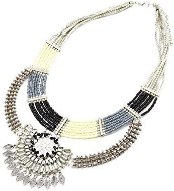 CC815-Collar de varias vueltas de perlas Rocaille diseño étnico y colgante de metal, color plateado con diseño de moda
