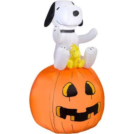 Peanu (Halloween Inflatables)