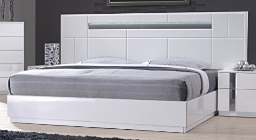 J and M Furniture 17853-K Palermo Bed, King (Chrome Bed Bedroom)