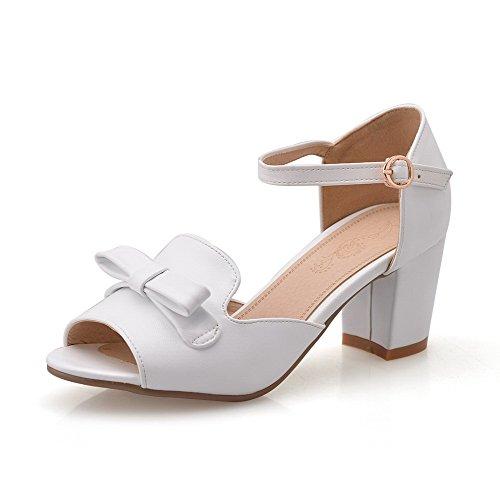Allhqfashion Mujeres Hebilla Peep Toe Kitten-heels Pu Sandalias Sólidas Blanco