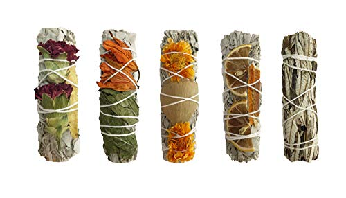 (White Sage Smudge Kit - 4 White Sage with Carnation, Licorice Stick, Lily, Peppermint, Marigold, Ginkgo Leaves, Dried Lemon, Dried Tangerine & 1 Yerba Santa! Healing, Purifying, Meditating & Cleansing)