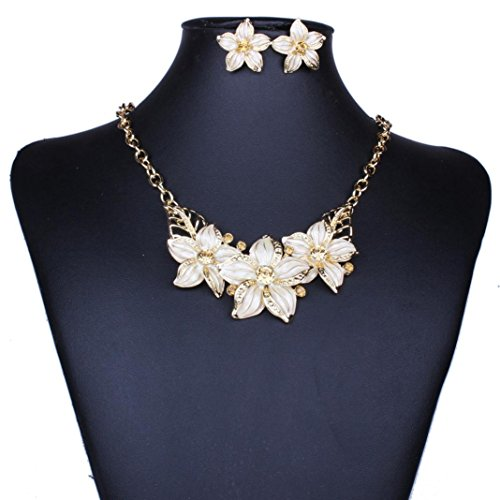 The 8 best vintage jewelry sets for women