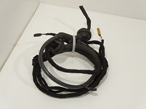 Audi A3 8P OS Right Tailgate Wiring Loom Cutting:
