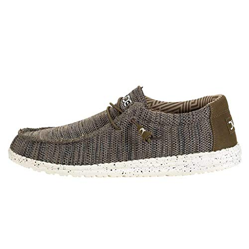 Hey Dude Men's Wally Sox Brown, Size 10]()