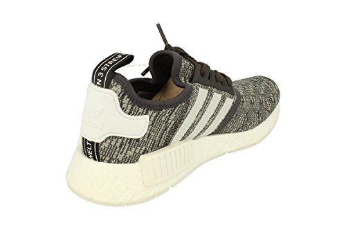 Adidas Originali Nmd_r1 Scarpe Da Ginnastica Da Running Da Donna Utility Nero F16 / Ftwr Bianco / Mgh Grigio Solido By3035