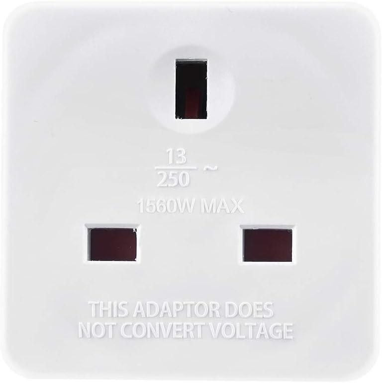 blanco Basics Adaptador de enchufe de sistema de Reino Unido a sistema europeo con 2 puertos de carga USB