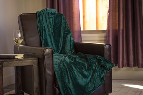 Higher Comfort Luxuriously Soft Premium Throw Blanket - Forest Green - 50