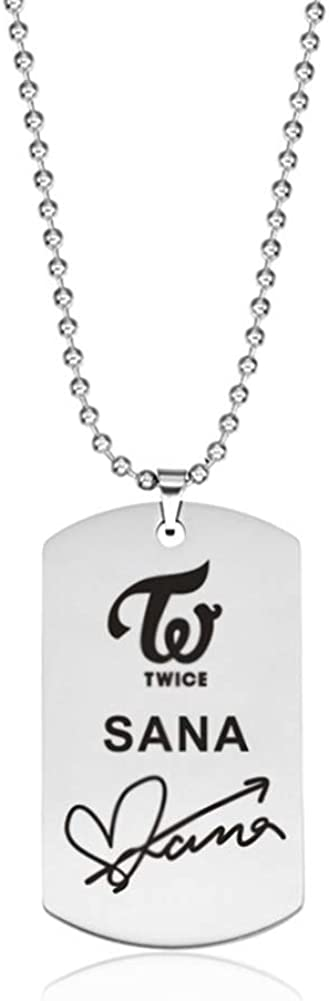 Bestomrogh Kpop Twice Acier Inoxydable /Étiquette Signature Lettrage Pendentif Collier Gar/çons Filles Couple Collier Cadeaux Chauds pour Les Fans