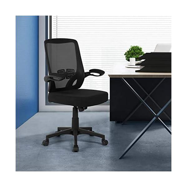 Yaheetech Chaise de Bureau Ergonomique avec Accoudoirs Pliables Fauteuil de Bureau Réglable Pivotante en Maille Noir