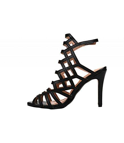 Sandalia de tacón alto color negro. Detalle multitiras en el empeine. Cierre mediante hebilla en la pulsera en el tobillo. Altura del tacón 10 cm. Negro