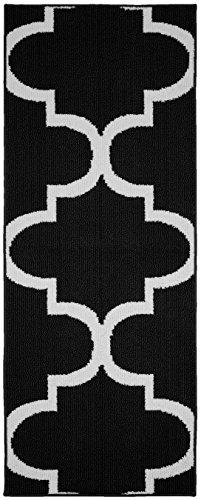 Garland Rug Large Quatrefoil Area Rug, 2 x 5, ()