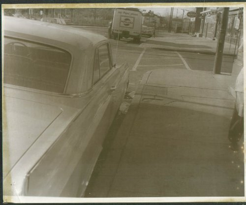 Roy's Package Store Woodtick Rd Waterbury CT 8x10 - Waterbury Stores