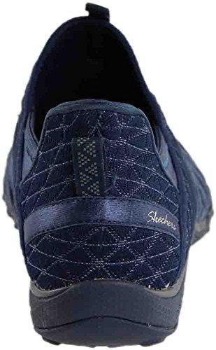 0d2f56156042 Skechers Women s Breath-Easy - Viva-City Navy Casual Shoe 7.5 Women ...