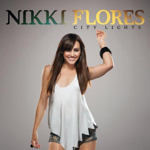 Nikki flores foto 25
