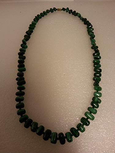 Pretty Designer Semi Precious Malachite Chip Necklace
