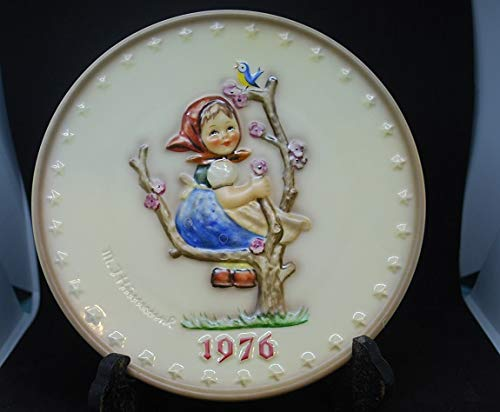 HTF--1976 Goebel Hummel Annual Plate in Original Box -- Mint - Plate 1976 Hummel