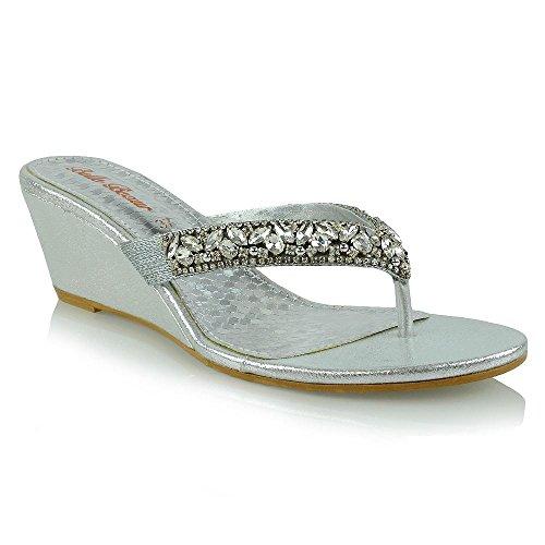 ESSEX GLAM Mujer Elegante Tacón Bajo de Cuña Toe Post Sandalia Señoras Sintético Diamante Brillante Fiesta Chancletas Plata Metálico