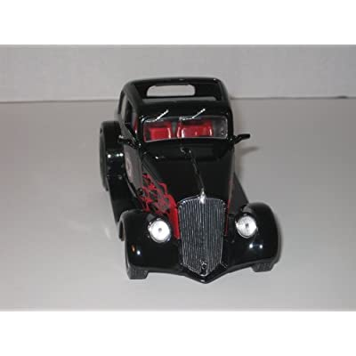 First Gear Die Cast Car, 79-0159, 1933 Willys Coupe with Texaco Steinhagen Oil, Beaumont, Texas Logo, 1/25th Scale Bank: Toys & Games