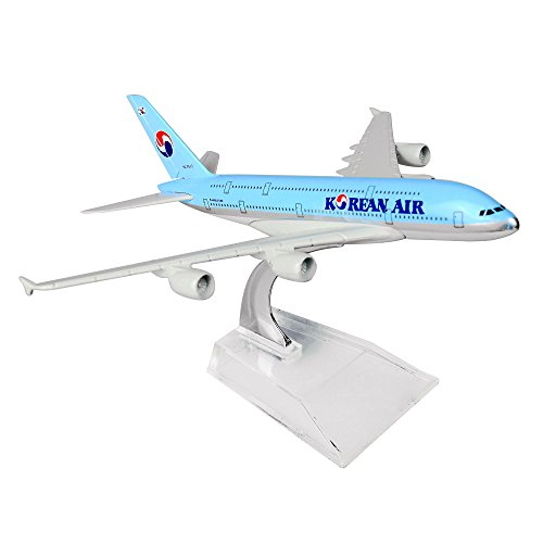 AIRBUS A 380 DIE CAST PLANE MODEL TOY/COLLECTION SCALE 1:400 - 3