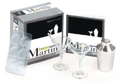 The Teeny-Weeny Martini Set [With Book and Metal Shaker, Martini Glasses, Ice Tray, Stirrers] [NOVL-BXD-TEENY WEENY MARTINI S] [Other] ()