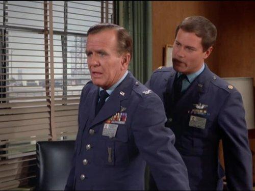 Genie, Genie, Who's Got The Genie? - PART I (Part 3 Sidney)
