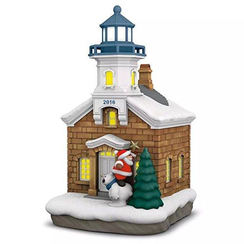 Hallmark 2016 Christmas Ornament Holiday Lighthouse   5Th Series