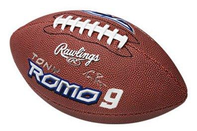 NFL Dallas Cowboys Tony Romo Junior Size Football with Pump & Tee ()