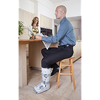 Image of Aircast XP (Extra Pneumatic) Walker Brace/Walking Boot Ankle Braces