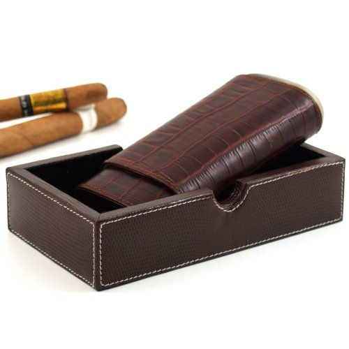 andre-garcia-horn-collection-brown-crocodile-embossed-leather-cedar-lined-telescopic-3-finger-cigar-