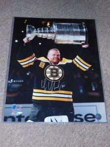 Boston Bruins Tim Thomas Signed Autographed 16x20 Ring Ceremony Photo