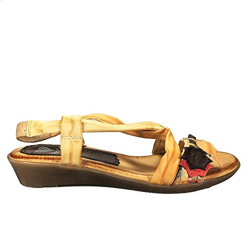 Sandalia piel multi beig. Hojas pala. Talla 41