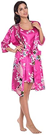 ثوب نوم نسائي من الساتان مزين بالزهور لباس النوم رداء بلوزة بحمالات رفيعة قطعتان طقم نوم